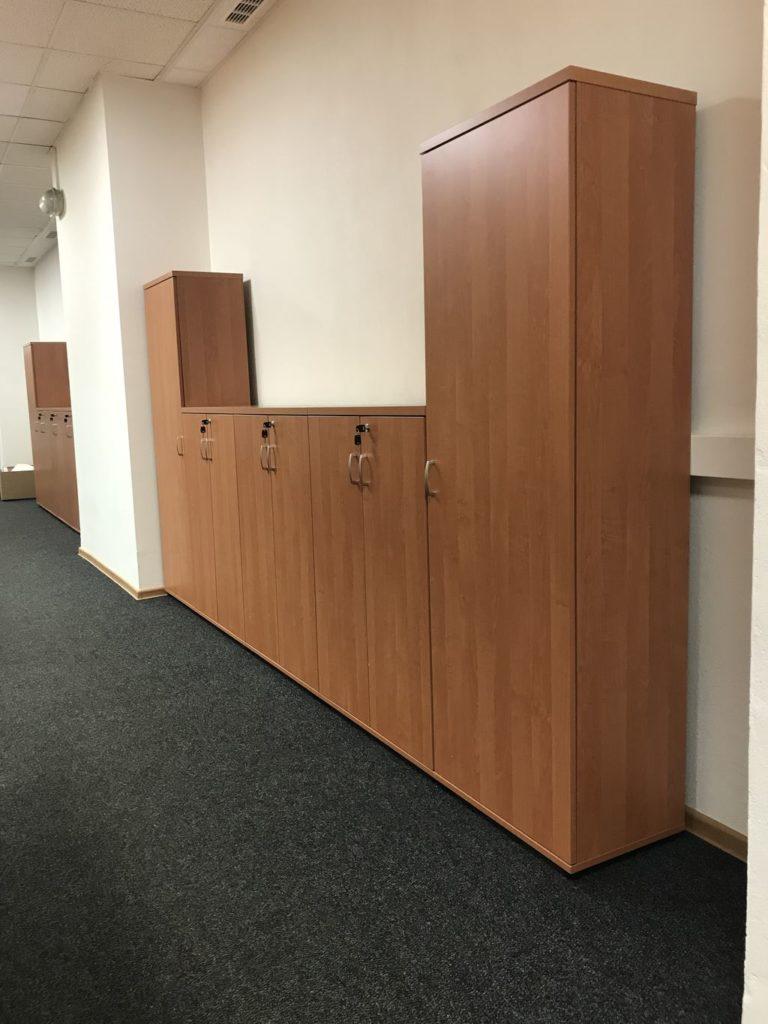 18077 kancelárske skrine Svenbox